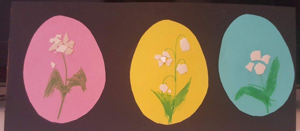 Tablou cu ouă colorate și flori